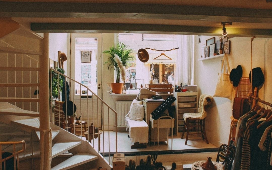 How to Furnish Your Home 100% Secondhand